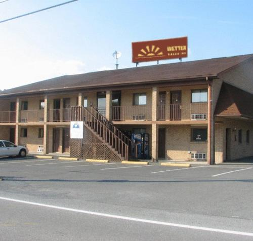 Photo of Better Value Inn Hotel Bed and Breakfast Accommodation in Lewisburg West Virginia