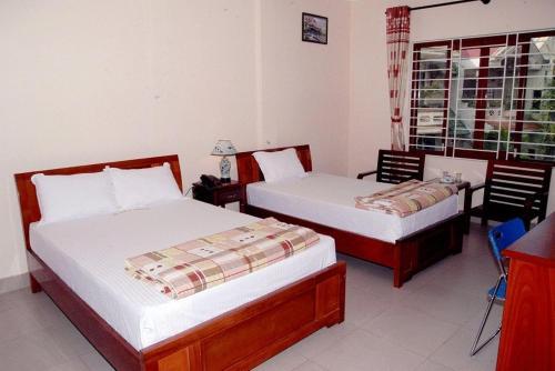 Hong Thang Hotel front view