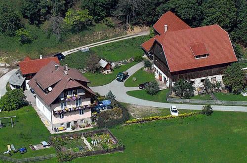 Ferienwohnung am Oberrainerhof - Comfort Apartment mit 2 Schlafzimmern - Nebengebäude - 2. Etage