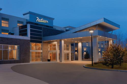 Picture of Radisson Hotel & Conference Center Calgary Airport East