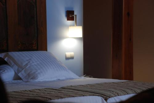Double or Twin Room Hotel Convento Del Giraldo 4