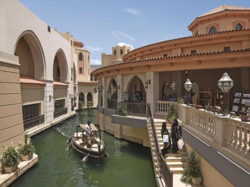 Shangri-La Hotel, Qaryat Al Beri photo 11