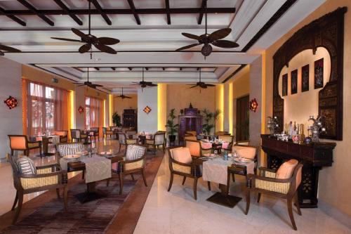 Shangri-La Hotel, Qaryat Al Beri photo 26