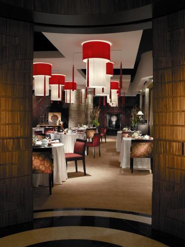 Shangri-La Hotel, Qaryat Al Beri photo 30