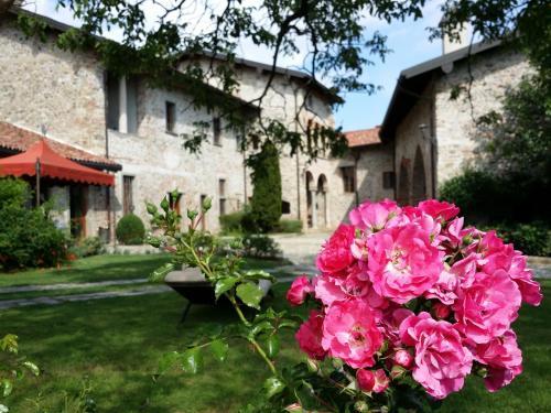 foto Castello di Cernusco Lombardone (Montevecchia)