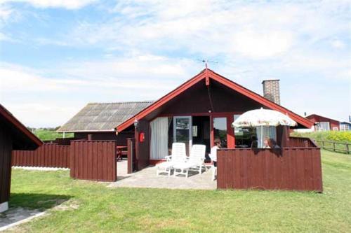 Holiday home Eskildsens F- 202