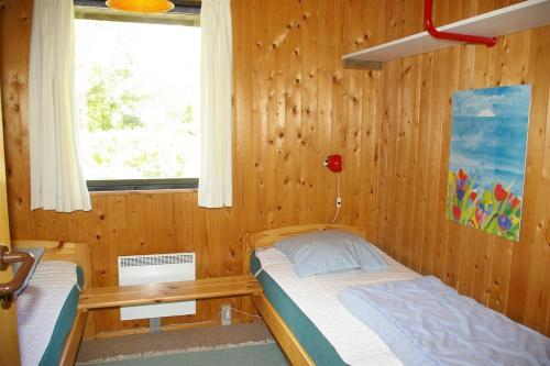 Holiday home Bl�b�rv�nget H- 524