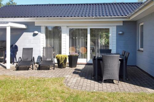 Holiday home Br�ndb�kken B- 694