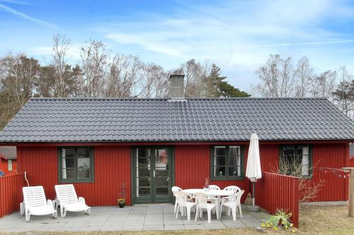 Holiday home Dueodde B- 878