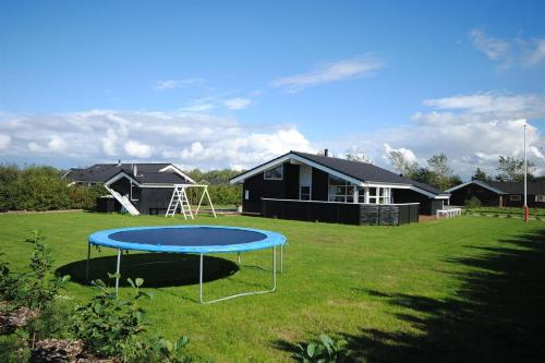 Holiday home Duev�nget F- 898