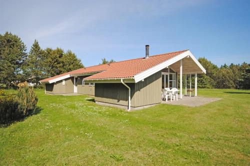 Holiday home Fyrrealle F- 1282