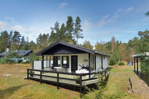 Holiday home Fyrreskoven D- 1296
