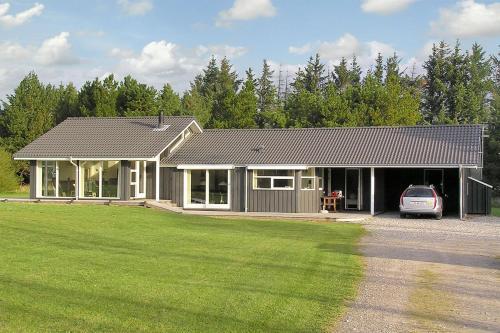 Holiday home Gr�vlingvej H- 1420