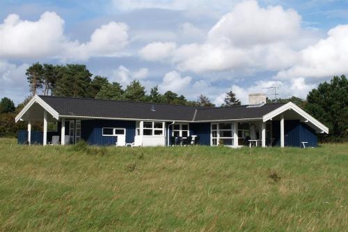Holiday home Holsteroddevej H- 1828