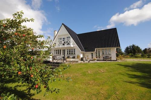 Holiday home Kærneøksevej A- 2125