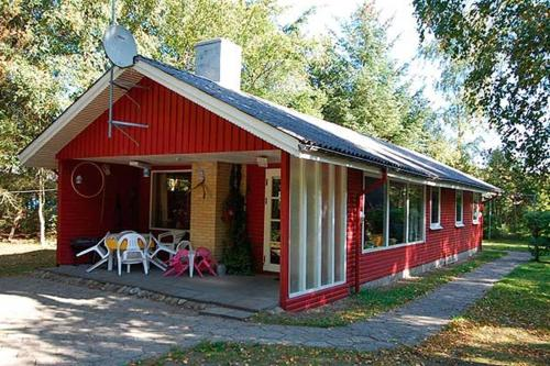 Holiday home Korsikanerskoven H- 2428