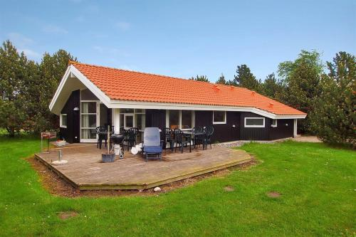 Holiday home Krondyrstien H- 2516