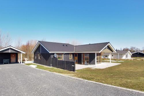 Holiday home Løjtnantvænget C- 2735
