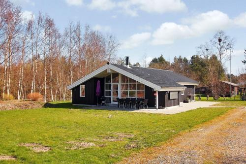 Holiday home Lyngtoften B- 2814