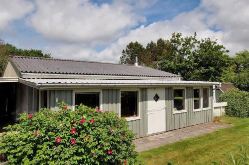 Holiday home Lysningen H- 2836