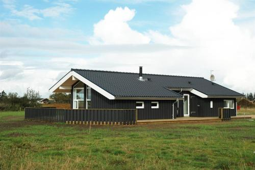 Holiday home Multebærvej H- 3060