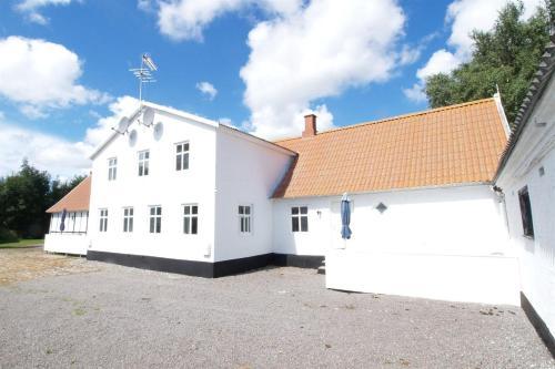 Holiday home Poulskervej H- 3588