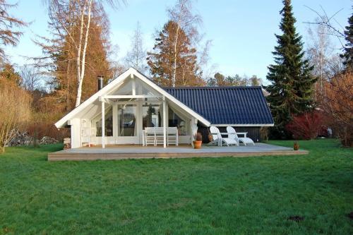 Отель Holiday home Rørsangervej D- 3816 0 звёзд Дания