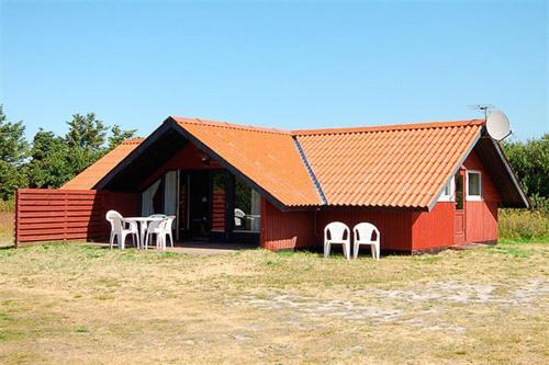 Holiday home Rørsangervej E- 3825