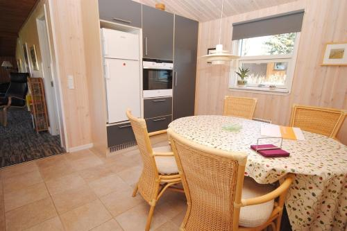 Holiday home R�rv�nget H- 3828