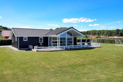Holiday home Rugmarken F- 3850