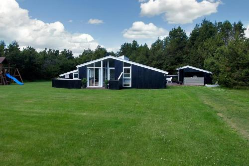Holiday home Sandbakken G- 3891