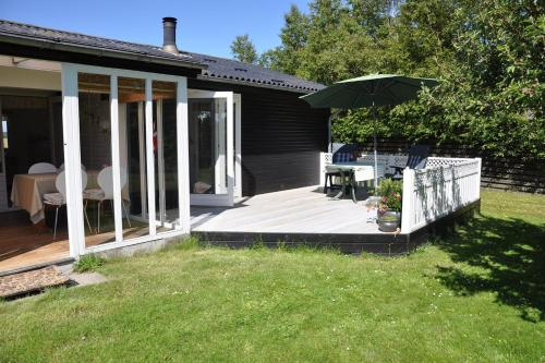 Holiday home Spurvevej H- 4428