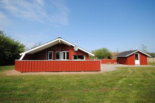 Holiday home Spurvevænget E- 4425