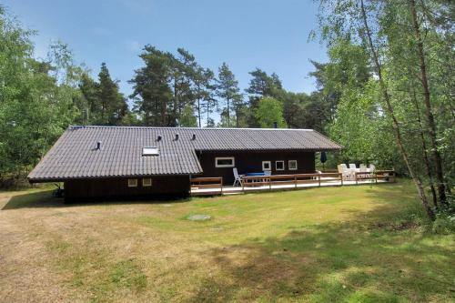 Holiday home Skovsangervej G- 4123