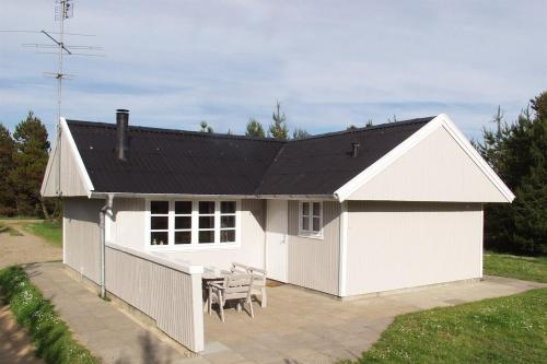 Holiday home Skovskaden F- 4130