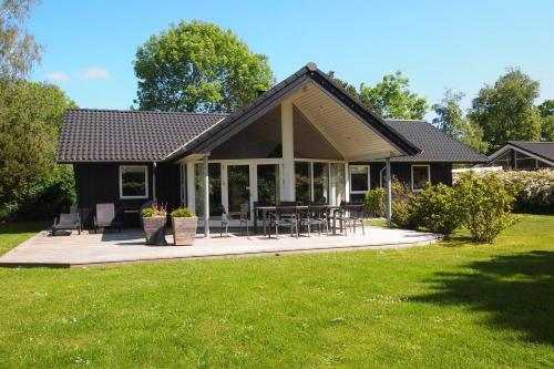 Holiday home Slaaenv�nget D- 4168