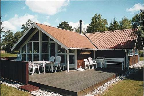 Holiday home Slåenvej F- 4170