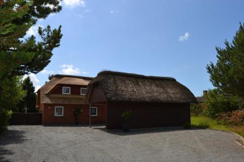 Holiday home Småfolksvej E- 4193