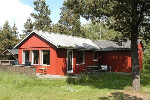 Holiday home Sm�folksvej F- 4194