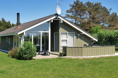 Holiday home Snerlevej E- 4233