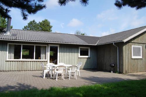 Holiday home Strandskaden D- 4600