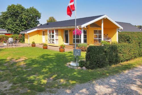 Holiday home Tv�rvej D- 4936