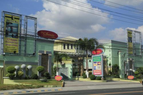 One Serenata Hotel Bacoor