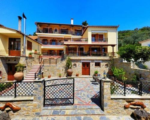 Ikosimo Guesthouse - Milina Greece