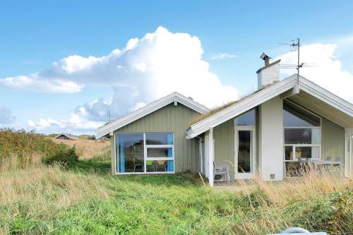 Holiday home Kragestranden H- 2460