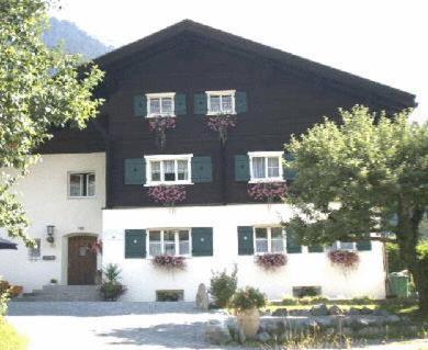 Ferienhaus Büsch - Apartment mit 2 Schlafzimmern (2-4 Erwachsene)