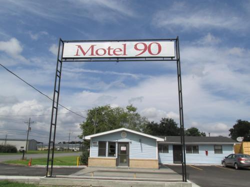 Motel 90