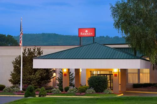 Ramada by Wyndham Cortland Hotel & Conference Center