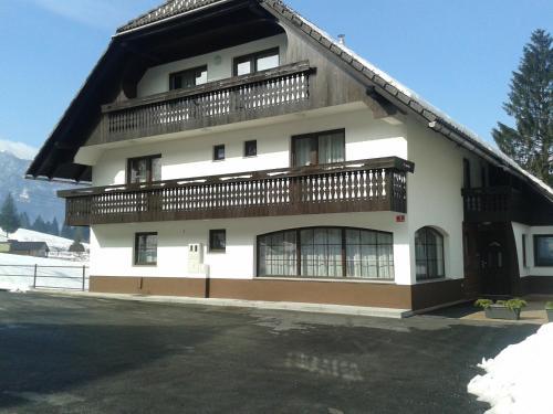 Отель Apartments Bor 3 звезды Словения