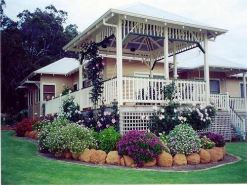 Picture of Mossbrook Country Estate Bed & Breakfast